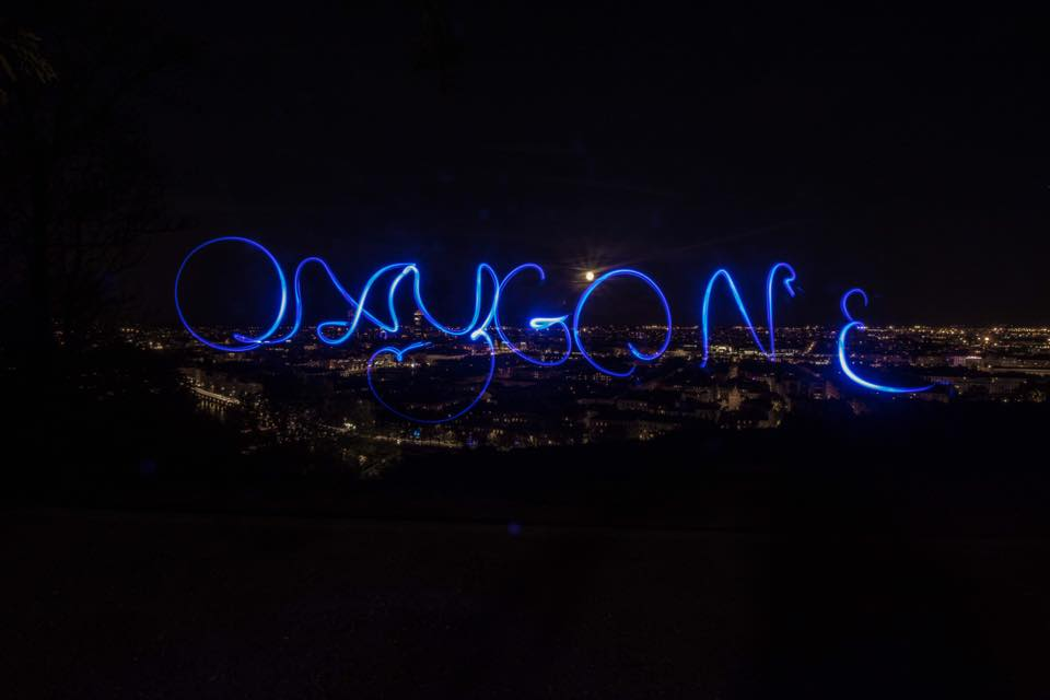 Oxygone Esther Coudour lightpainting