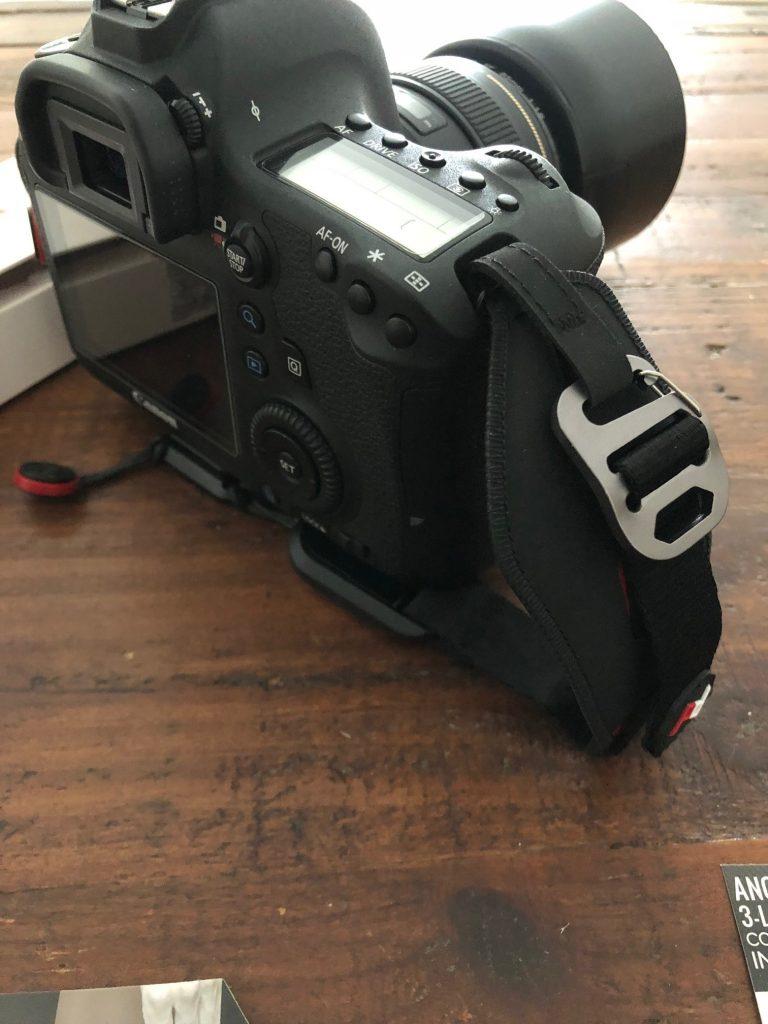 test canon + peak design clutch