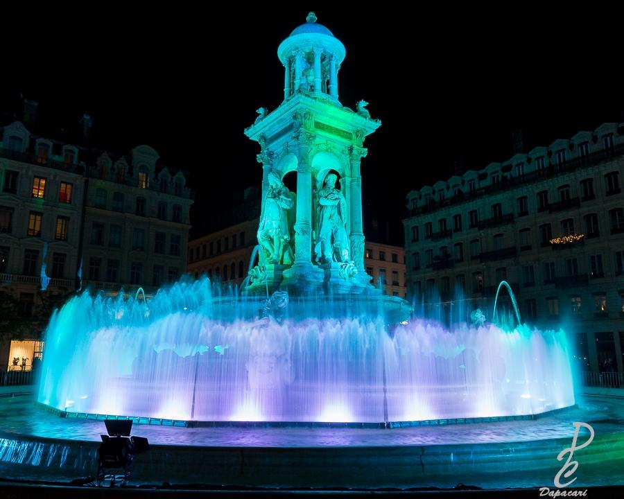 fontaine des jacobins à la fête des lumières 2019 focale choisi monument non déformé